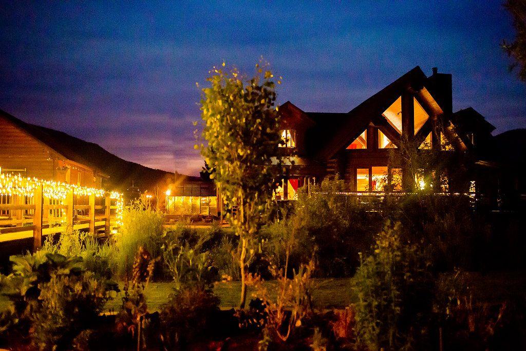 river crest micro wedding venue in Colorado